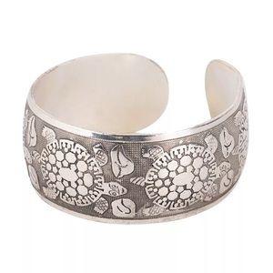 Jewelry - Tibetan Silver Bracelet Turtles